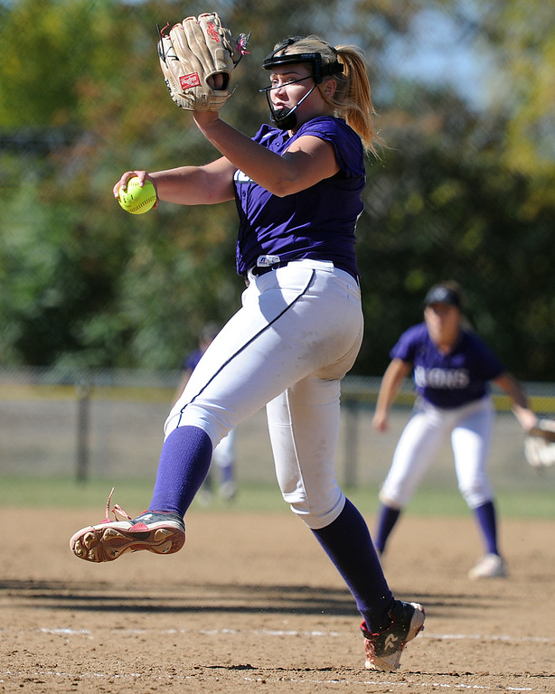 . Mountain View\'s Bailey Carlson delivers a pitch during the 4A Region 6 tournament on Saturday, Oct. 13, 2018 at Barnes Complex in Loveland. (Sean Star/Loveland Reporter-Herald)