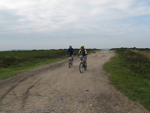Gaz and Ray ....Peaks, Stannage Ride