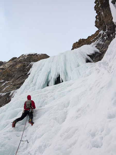"""Jeff plans his moves up the first pitch of """"Cosmic Messenger"""", WI5."""