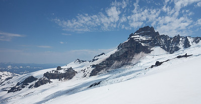 A parting view of Little Tahoma across the lower Emmons Glacier.