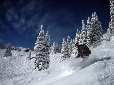 Aaron B shreddin in the deep pow