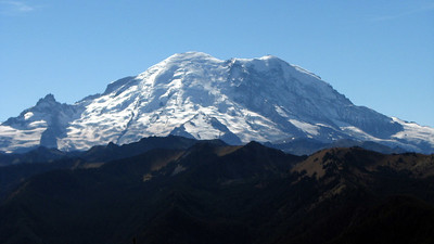 Widescreen of MT Rainer (from Noble Knob Trail)