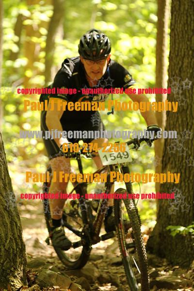 IMG_0991_guys bikes