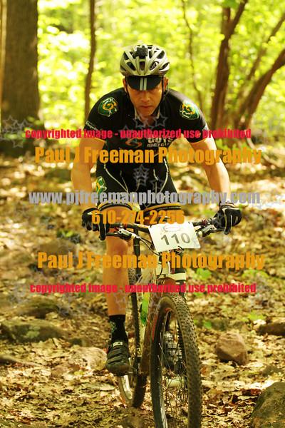 IMG_0970_guys bikes