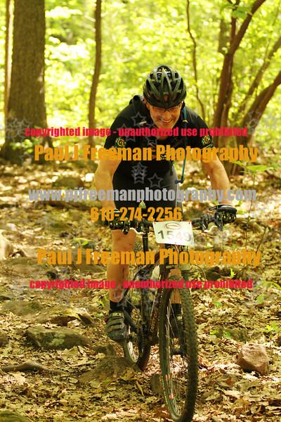 IMG_0993_guys bikes