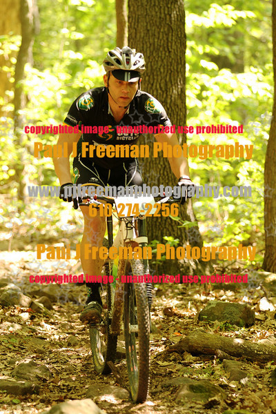 IMG_0969_guys bikes