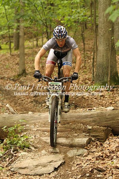 IMG_2432 Jason Reckner making the log crossing look easy...