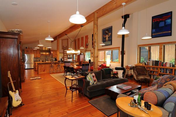 Chestnut Ridge Rereat & Cabin