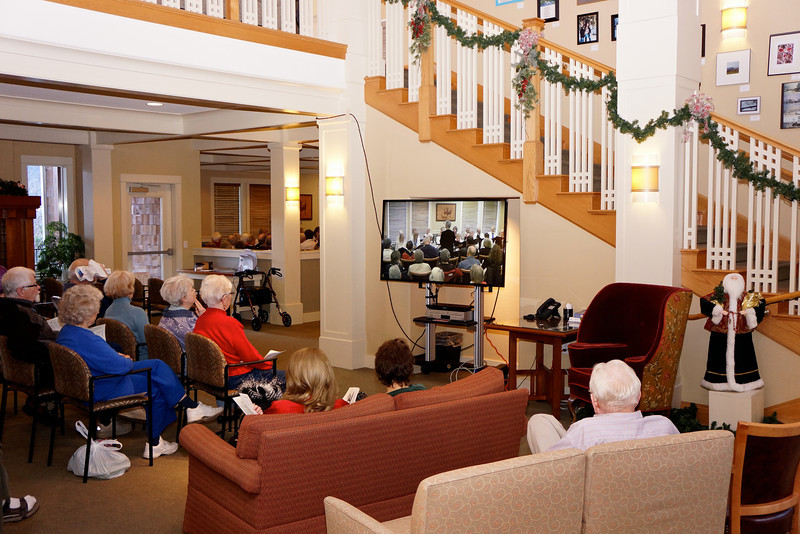 Clubhouse lobby with overflow audience  for Meadowlarks Holiday concert