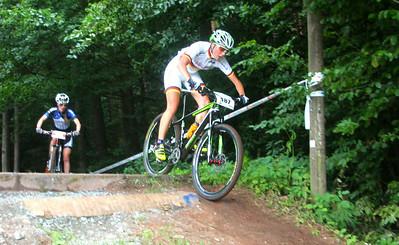 Juniorin Sarah Bauer_downhill_Schopp_xco_damen_by Goller - 03