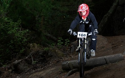 2009 Gravity Canterbury DH MTB Race 1