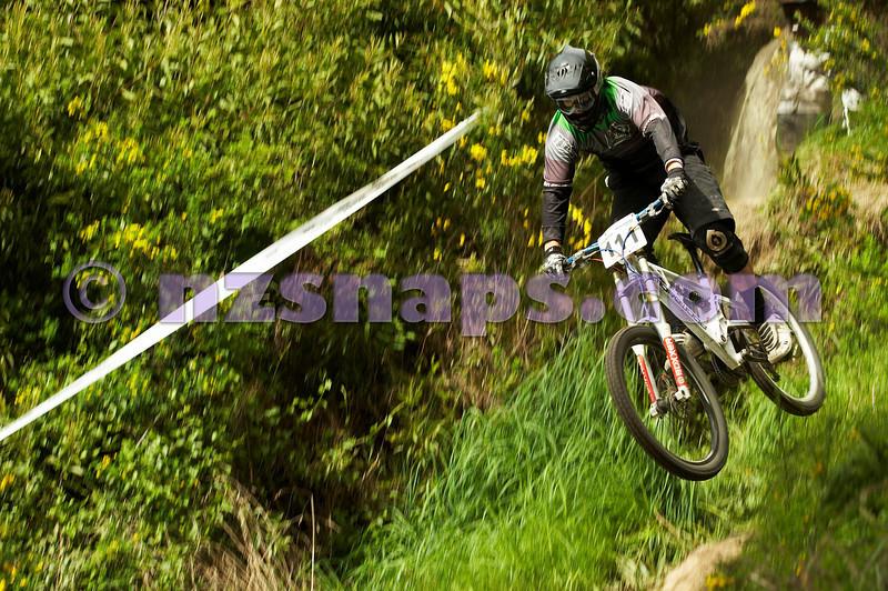 20101031_104211_NZSN2777