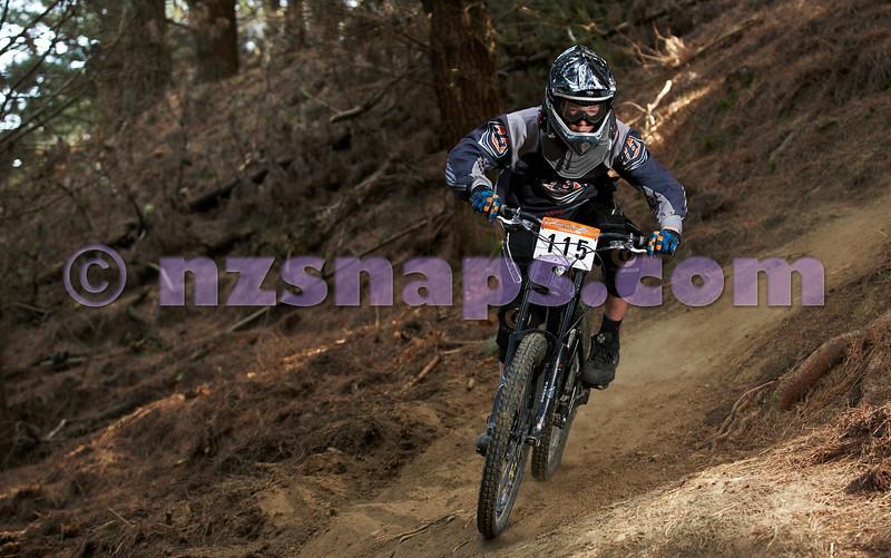 20101001_103137_NZSN7416