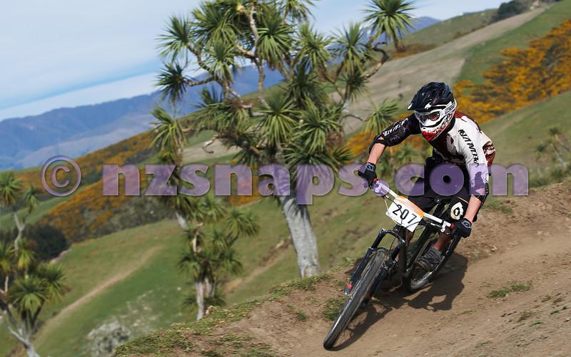 20101001_092117_NZSN7323