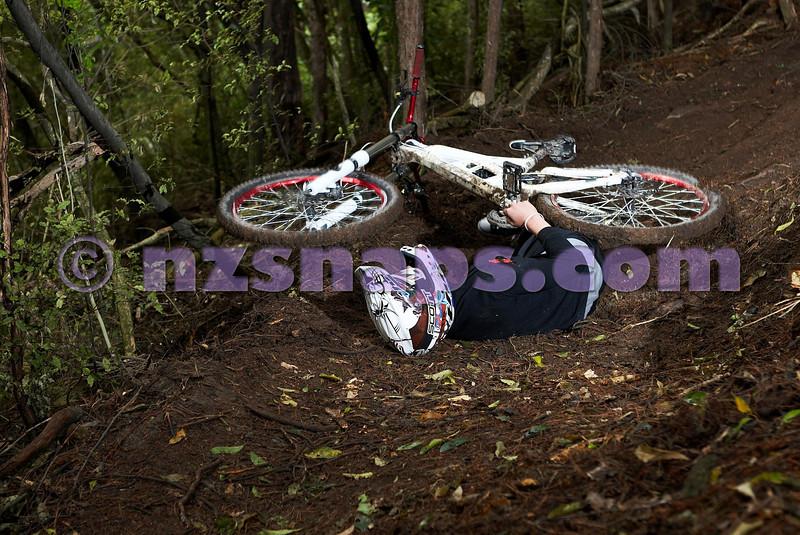 20101106_164851_NZSN3554