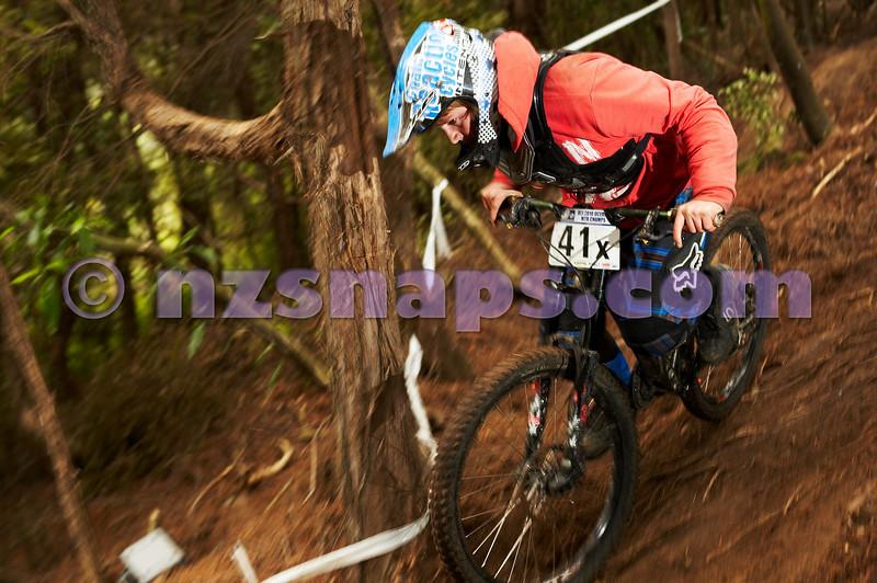 20101107_142154_NZSN3976