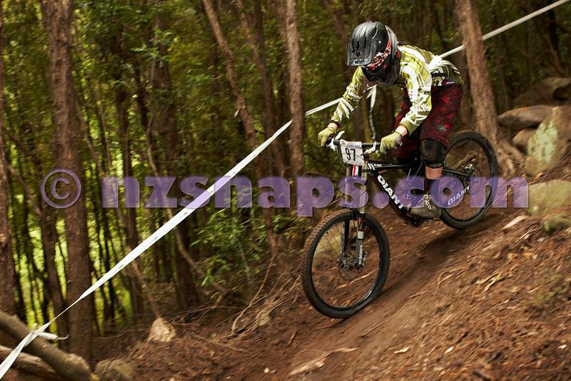 20101107_103306_NZSN3799