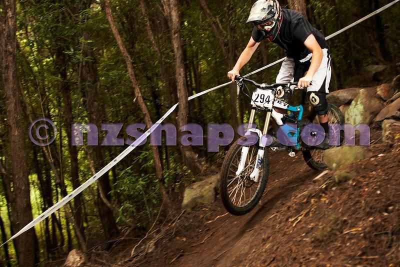 20101107_102604_NZSN3760