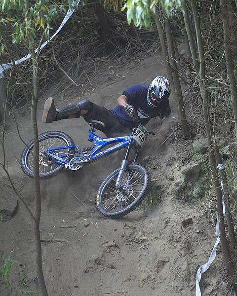 2006 Chch national round Downhill MTB
