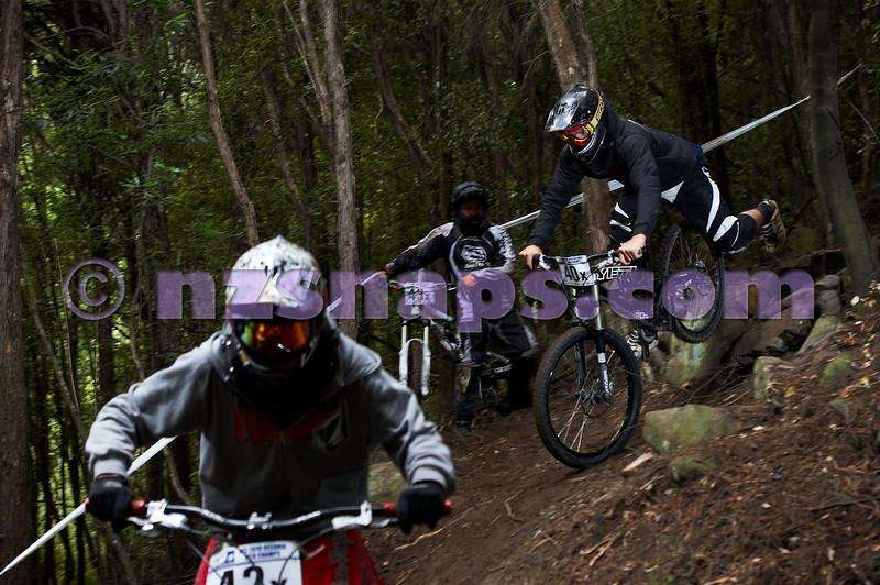 20101107_102201_NZSN3741