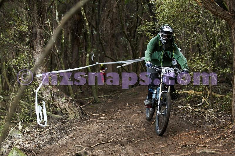20101107_115016_NZSN3894