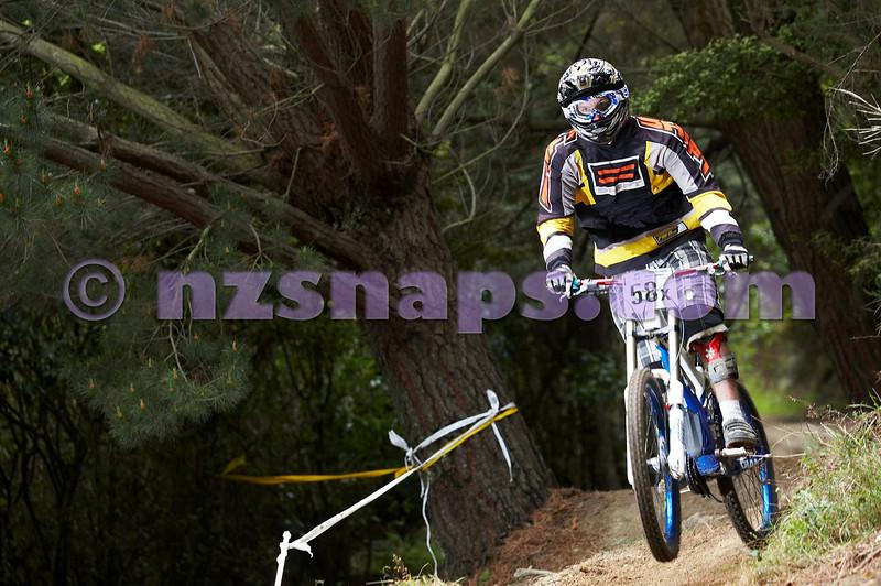 20101107_134956_NZSN3948