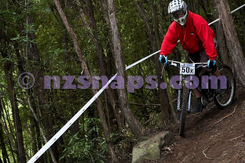 20101107_105005_NZSN3842