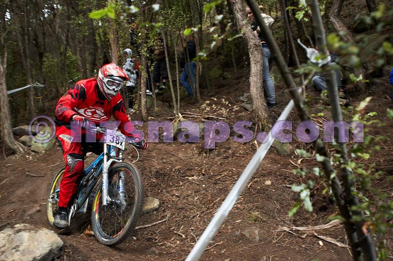 20101107_150429_NZSN4082