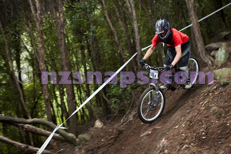 20101107_104948_NZSN3841
