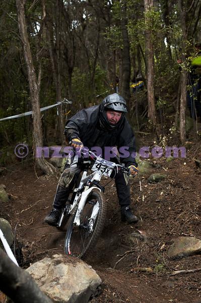 20101107_144202_NZSN4016