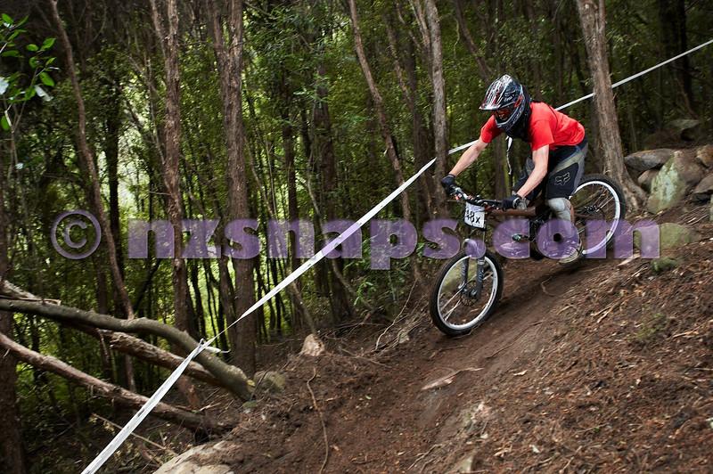 20101107_102734_NZSN3783