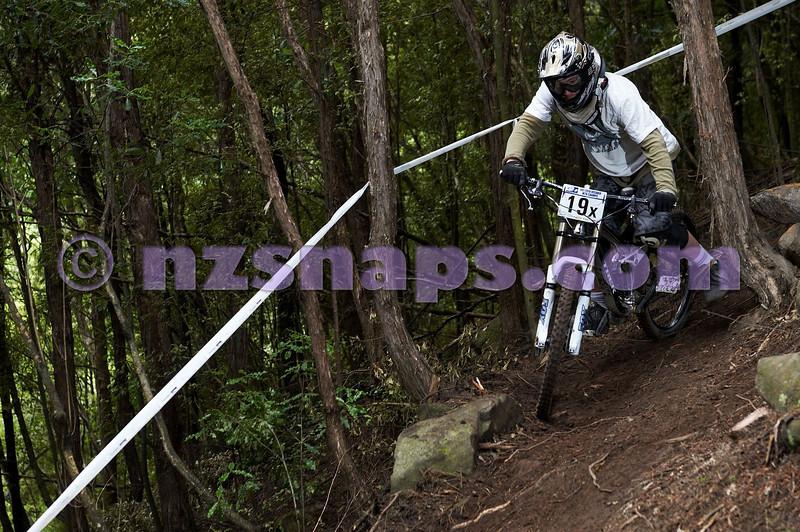 20101107_101147_NZSN3711