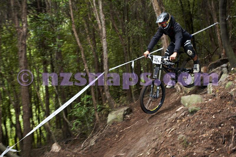 20101107_103921_NZSN3818