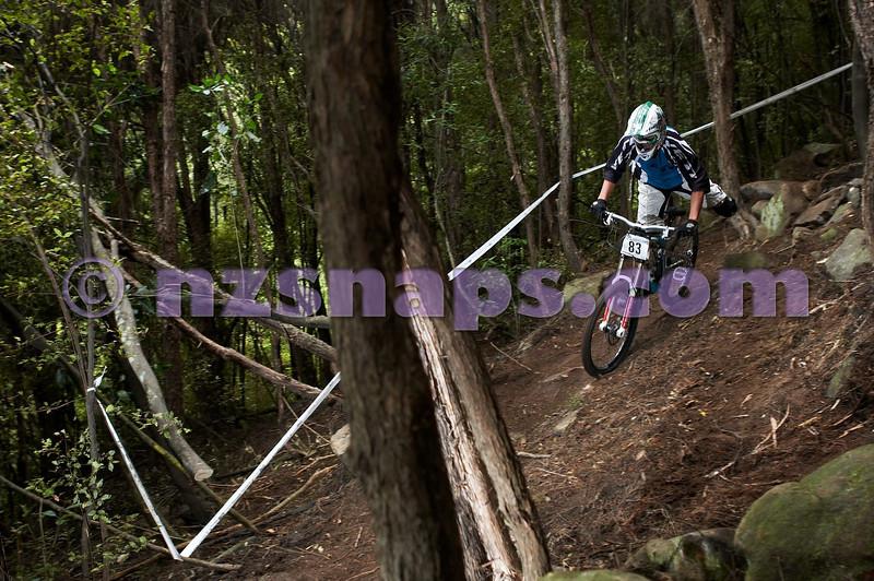 20101107_143541_NZSN4006