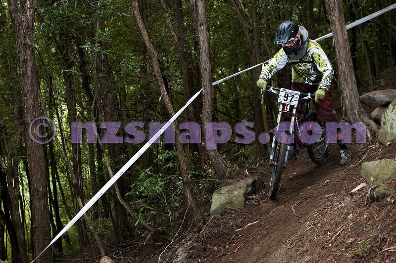 20101107_101140_NZSN3710