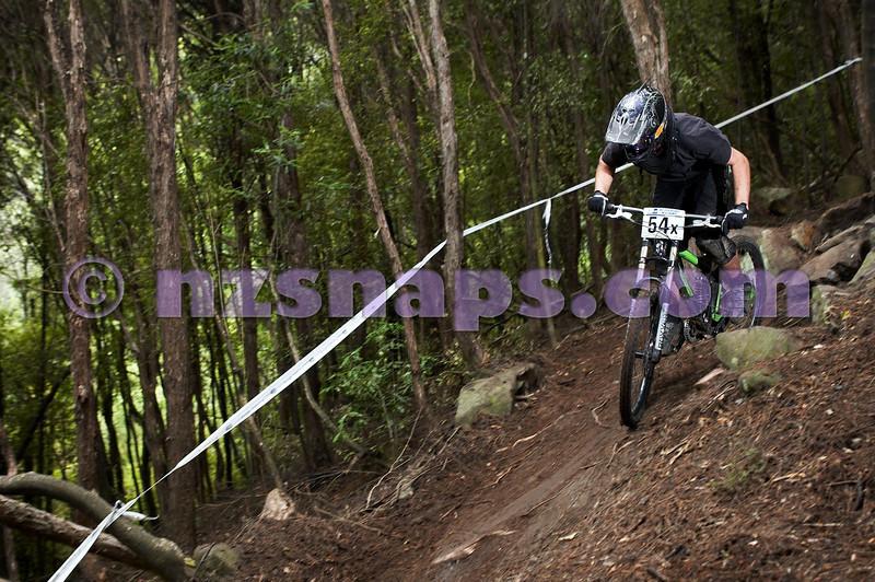 20101107_102822_NZSN3792