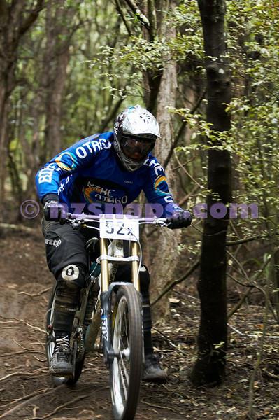 20101107_121232_NZSN3928
