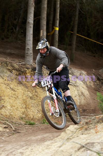 20101107_154511_NZSN4137