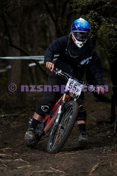 20101107_114700_NZSN3881