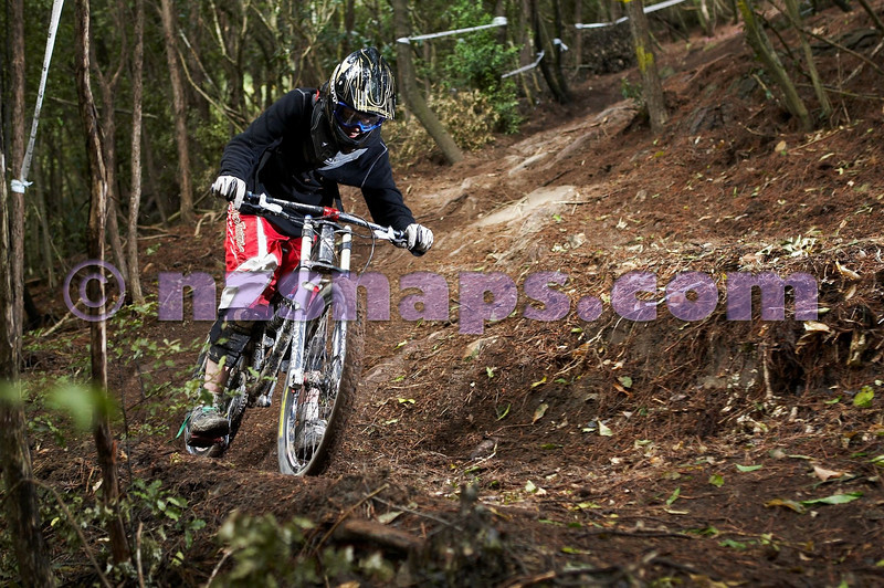 20101106_162939_NZSN3500
