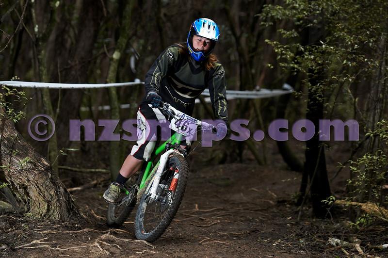20101107_120741_NZSN3924