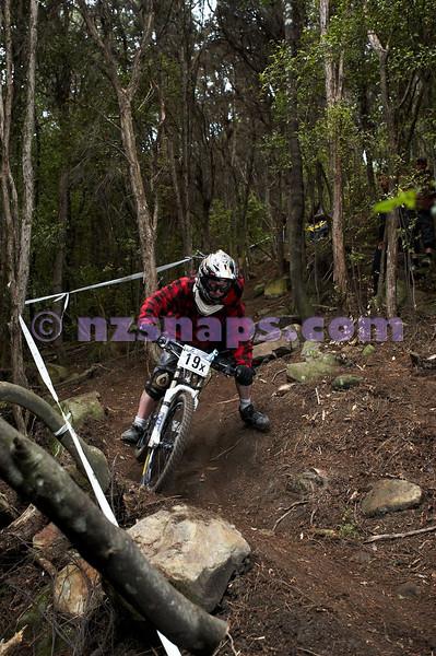 20101107_144400_NZSN4025