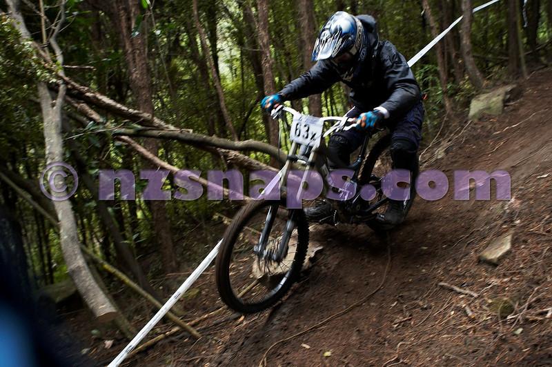 20101107_103319_NZSN3805