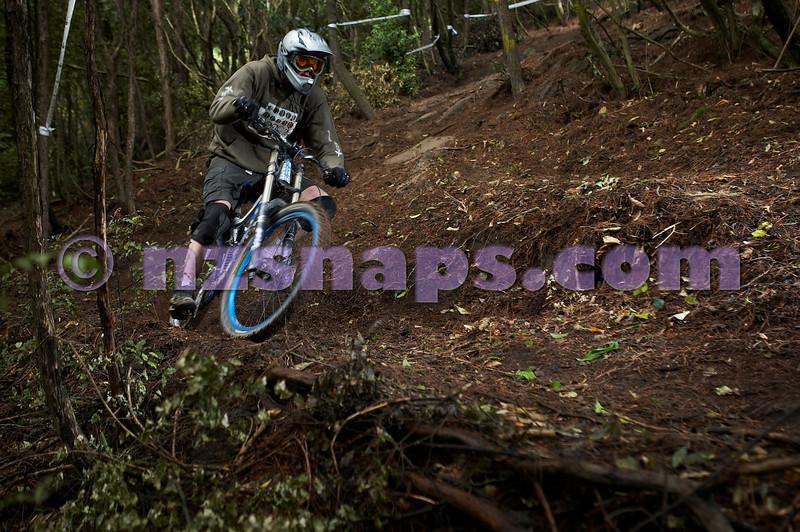 20101106_160224_NZSN3447