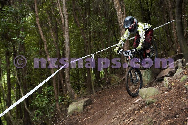 20101107_103306_NZSN3797