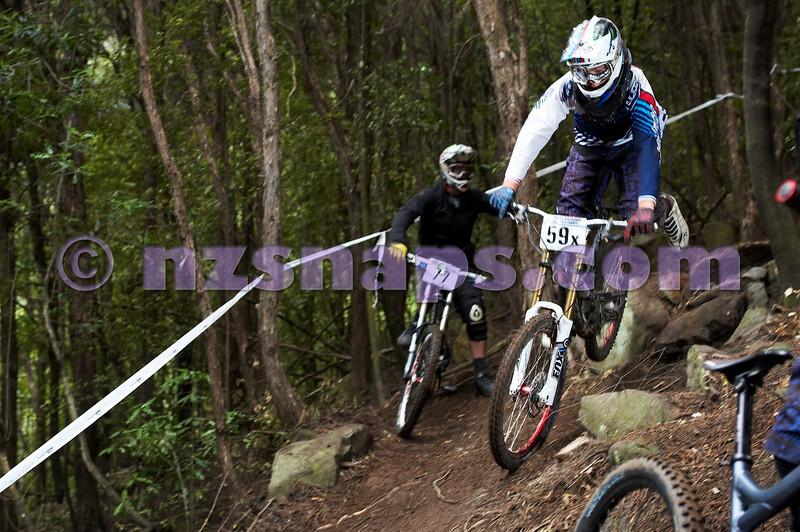 20101107_103349_NZSN3809