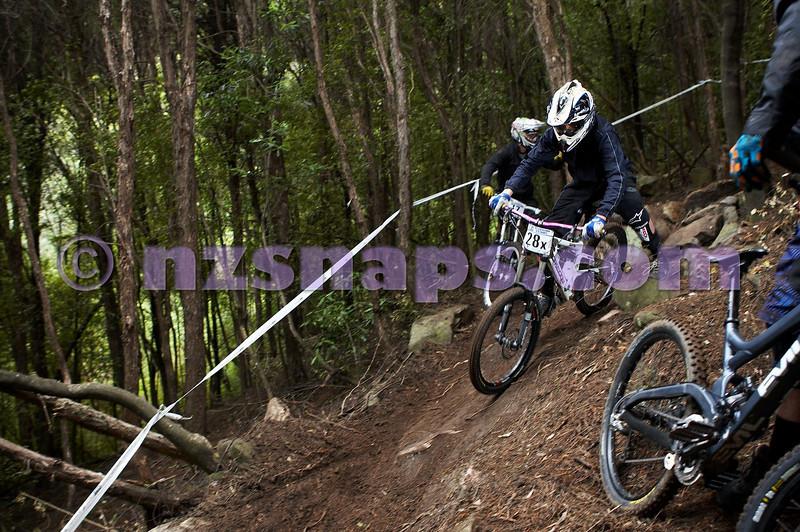 20101107_103402_NZSN3816