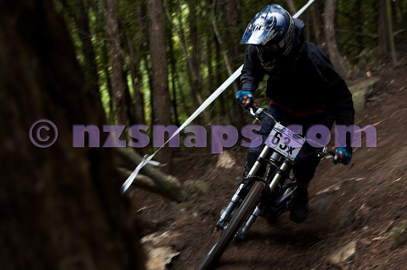 20101107_100847_NZSN3698