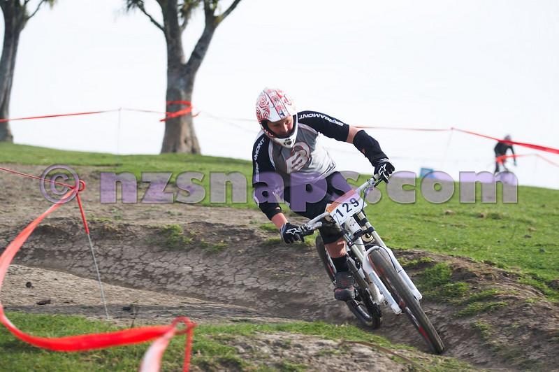20101001_090143_NZSN7221