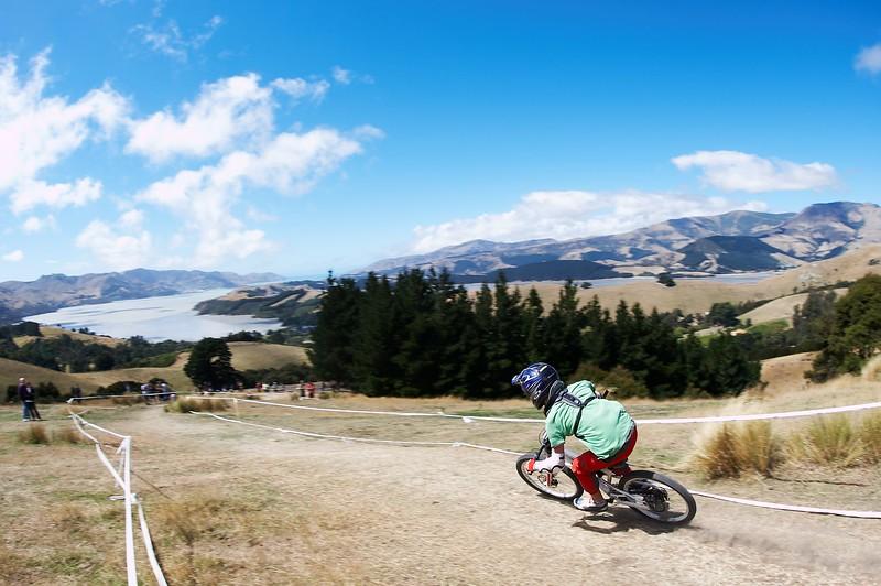 20110220_141227_NZSN7320